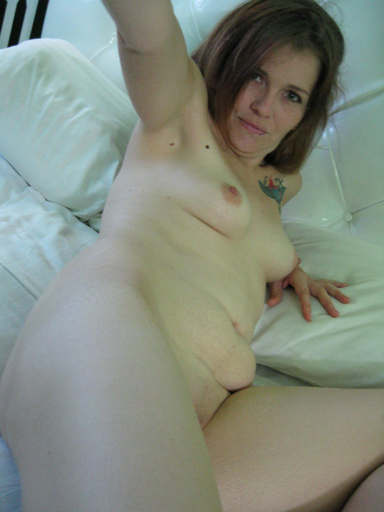 milfexgf - sexy amateur milf ex-girlfriends exposed!